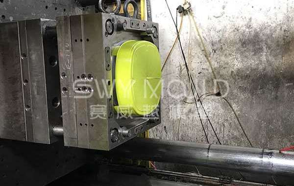 Advantages And Disadvantages Of Plastic Chair Injection Mold