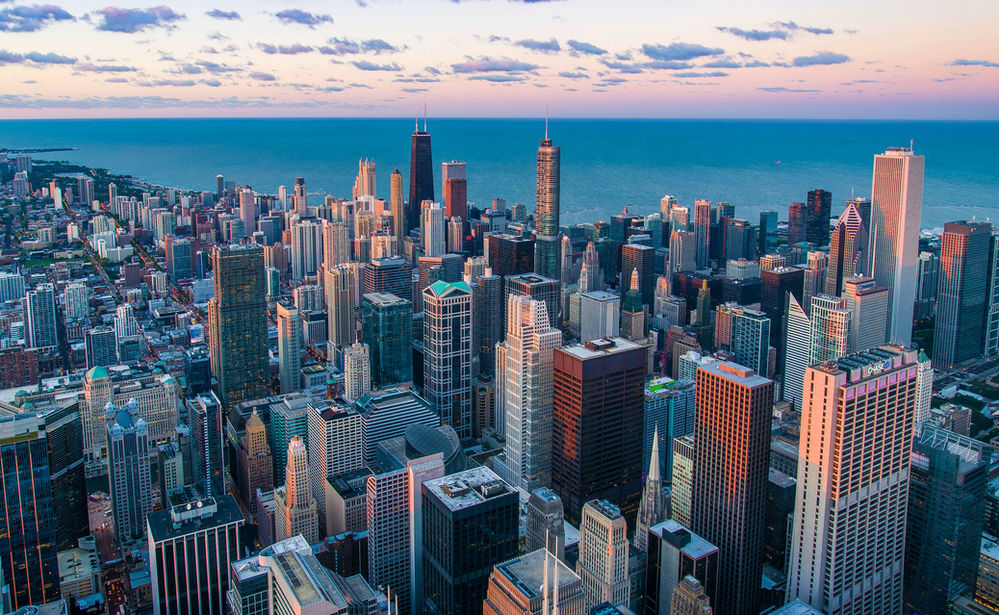 What are the top airlines offering flights to Chicago?